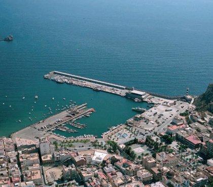 Los puertos deportivos de Águilas ondean un año más la bandera azul
