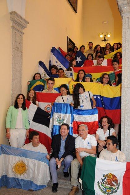 Más de 200 jóvenes de 21 nacionalidades visitan Toledo