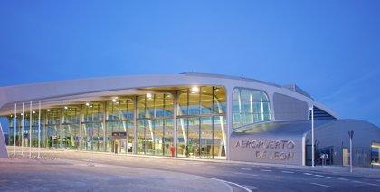 León inaugura vuelos a Palma y Gran Canaria