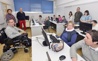 CANTABRIA.-Santander.- Un centenar de personas con discapacidad asiste a los cursos de informática de los telecentros