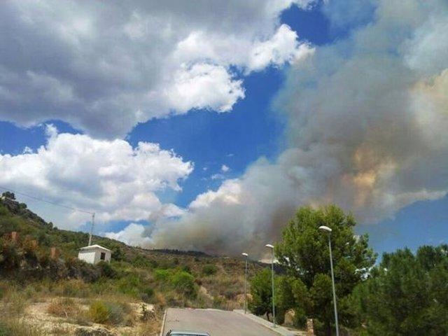 Incendio en la Vall d'Uixò