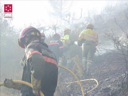 Los vecinos evacuados por el incendio de La Vall d'Uixó regresan a sus viviendas