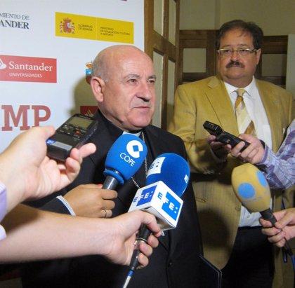 """El obispo de Santander defiende """"el espíritu de las Humanidades"""" frente al predominio de la ciencia y la técnica"""