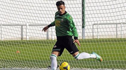 """Cristian Herrera (Elche): """"La competencia siempre viene bien para crecer"""""""
