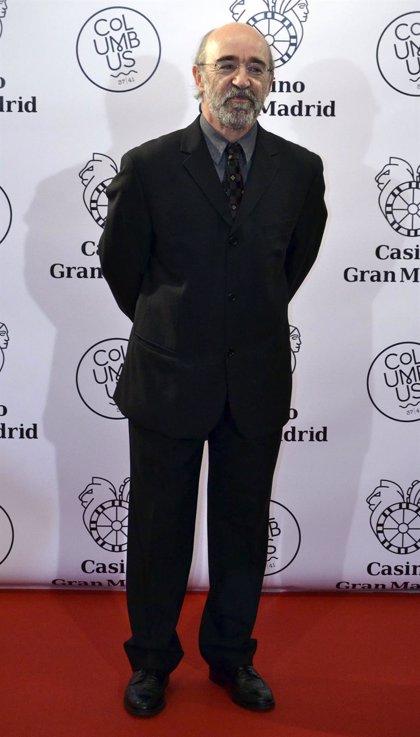 El equipo de 'Bendita calamidad' decidirá si va a continuar el rodaje tras la muerte del actor Álex Angulo