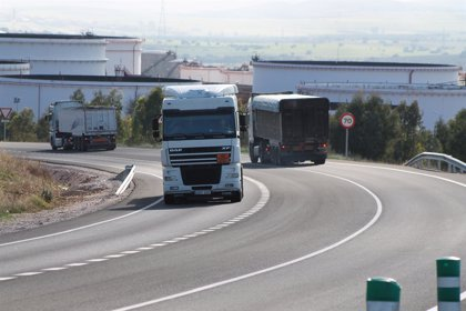 El número de empresas transportistas de autónomos vuelve a disminuir