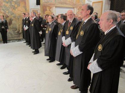 CiU, ERC, ICV-EUiA y la CUP llevan la ley de consultas al Consell de Garanties