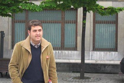 El eurodiputado socialista Jonás Fernández impulsa iniciativas en defensa de la línea Gijón-Nantes