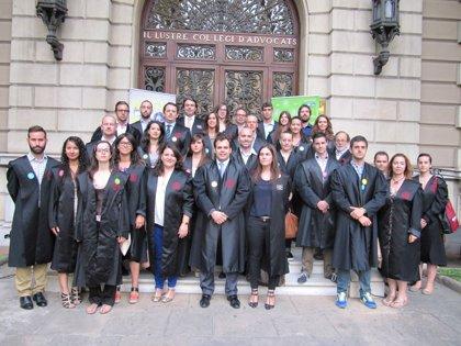 Abogados jóvenes catalanes se oponen a la reforma de la justicia gratuita de Gallardón