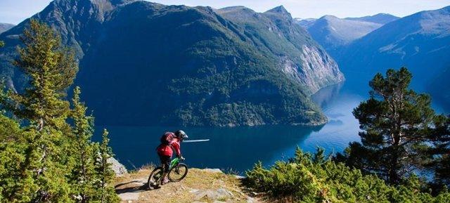 Recorrer Noruega en Bicicleta