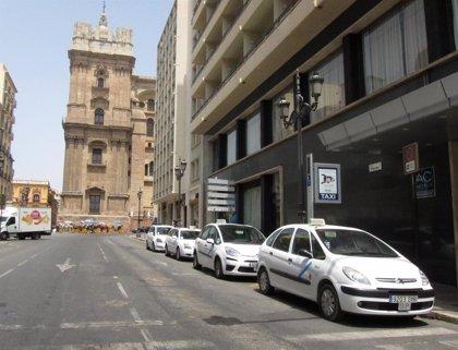 Los taxis de Málaga llevarán a los turistas a Bioparc Fuengirola con un precio cerrado de ida y vuelta