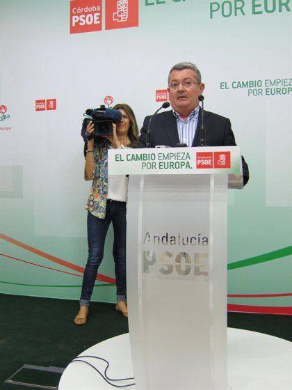 """El PSOE-A asegura que, a pesar de """"los recortes"""" del PP, Andalucía mantiene """"intacto"""" el Estado del Bienestar"""