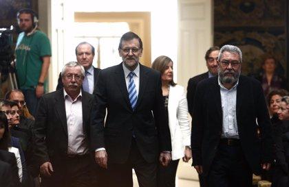 Economía/Laboral.- Rajoy se reúne este martes con patronal y sindicatos tras certificar un cambio de ciclo en el empleo