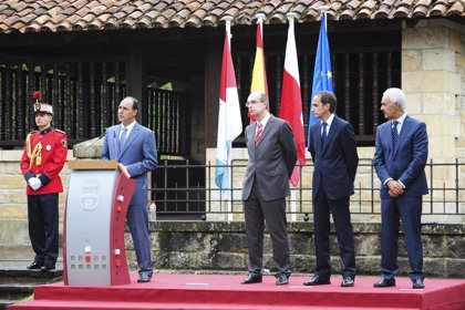 Cantabria celebra el Día de las Instituciones
