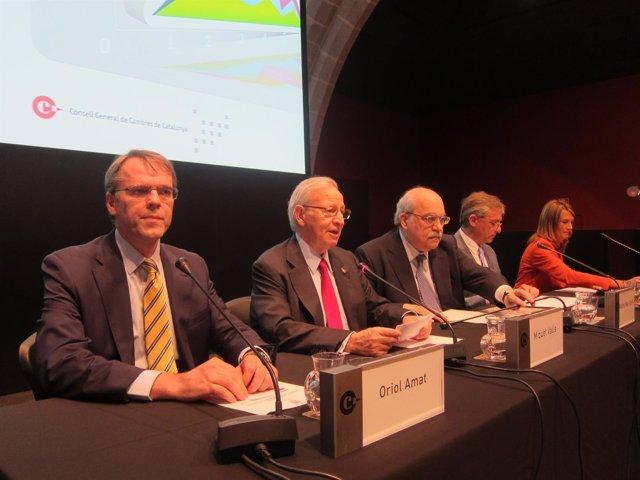 O.Amat, M.Valls, A.Mas-Colell, J.L.Mora y C.Poveda