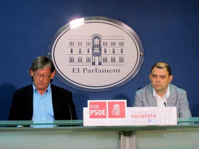 Vicenç Thomas y Cosme Bonet en rueda de prensa