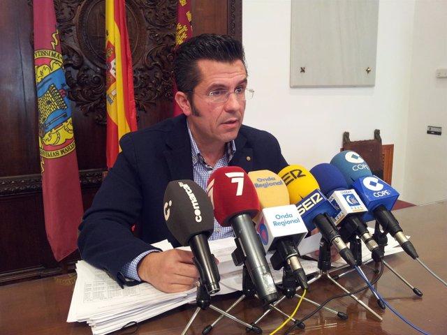 El concejal de Economía y Hacienda del Ayuntamiento de Lorca, Luís Amador