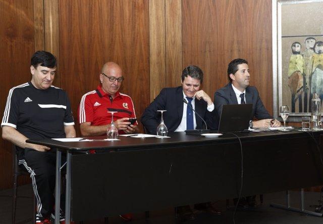 Encuentro entre árbitros y la LFP en Santander
