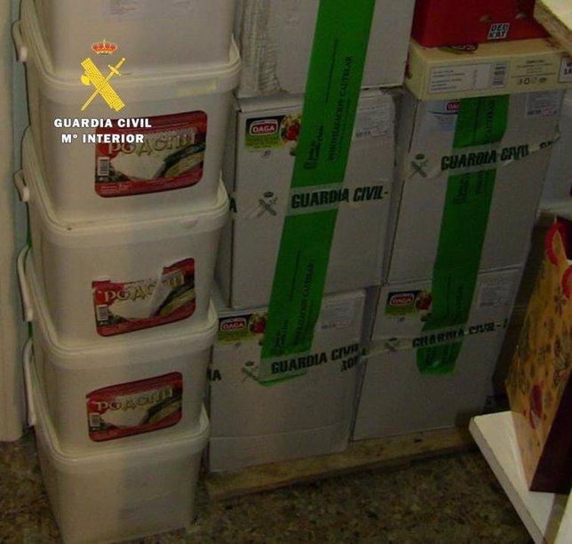 Productos lácteos intervenidos  y precintados