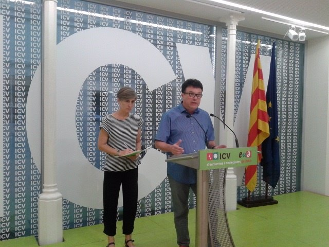 Dolors Camats (ICV) junto a Joan Josep Nuet