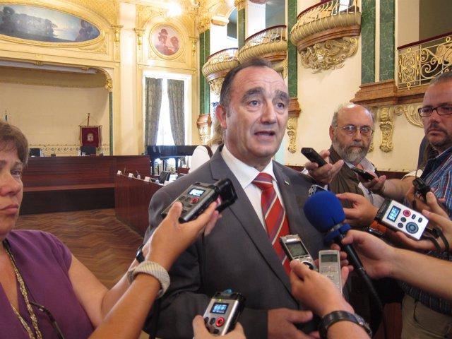 Valentín Cortés