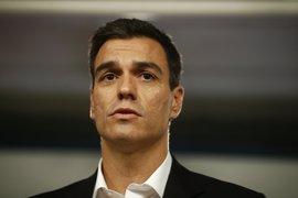 Sánchez considera inaceptable que sólo un 57% de los parados tengan cobertura y pedirá a Rajoy una solución