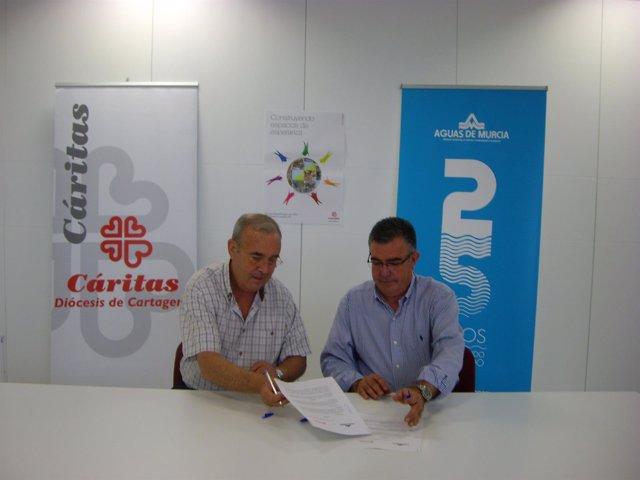 Imagen de la firma del acuerdo