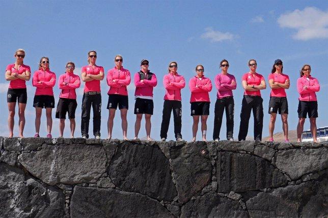 La tripulación femenina del Team SCA