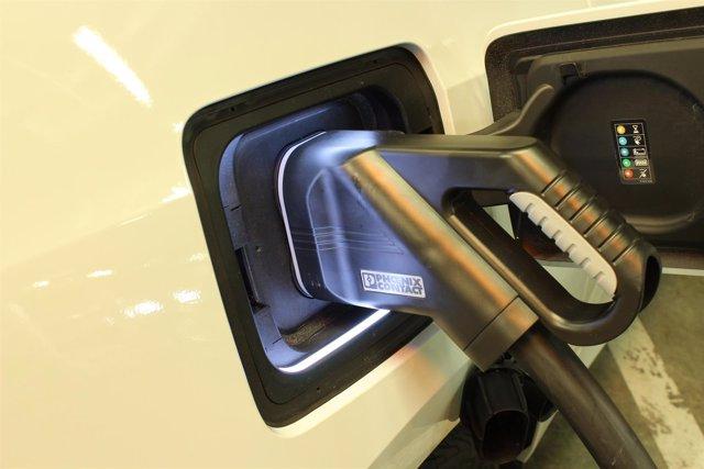 Recurso de coche eléctrico, vehículo eléctrico, recarga, punto de recarga