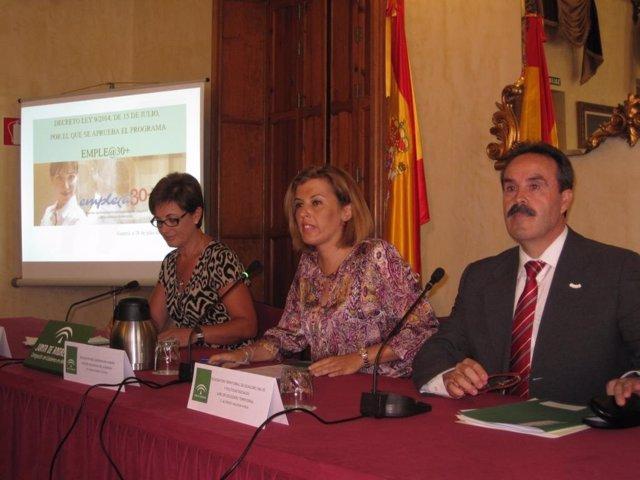Valverde, Ferrer y Valdivia, en rueda de prensa