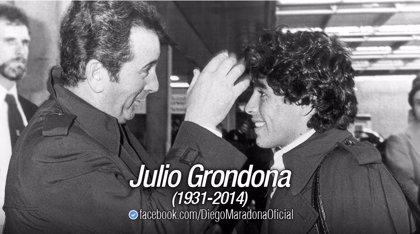 Maradona expresa sus condolencias a la familia de Grondona