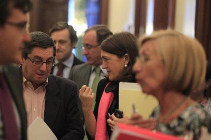 PSOE, IU-ICV y UPyD recurrirán hoy ante el TC el 'macrodecreto' que modifica leyes de nueve ministerios