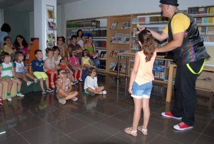 CANTABRIA.-Piélagos.- La Biblioteca Municipal acoge hoy talleres de manualidades para niños