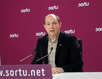 """Barrena dice que la sentencia de 'Herriko Tabernak' demuestra que el Estado """"castiga con prisión actividades políticas"""""""
