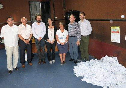 CANTABRIA.-Torrelavega.- La Asociación de Comerciantes de la Inmobiliaria reparte 3.000 euros en vales para fomentar el comercio