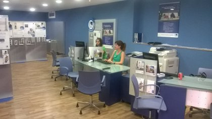 Endesa renueva una línea eléctrica del Empordà y mejora el servicio a 2.700 clientes