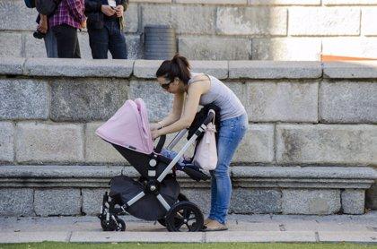 Extremadura, única región en la que suben los permisos de maternidad