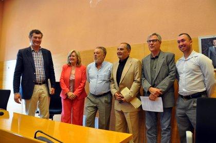El socialista Enric Grangel sustituye al imputado Font (CiU) como alcalde de Torredembarra