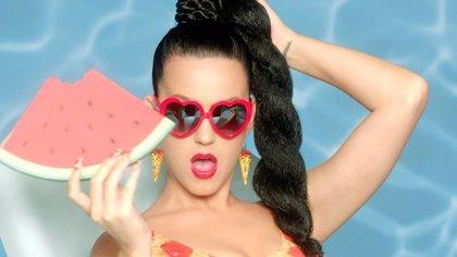 Katy Perry estrena alocado nuevo videoclip