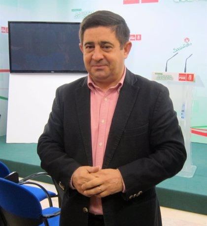 """Reyes remarca que Díaz es """"la política mejor valorada"""" y """"la gente se fía"""" por su """"compromiso"""" y """"cercanía"""""""