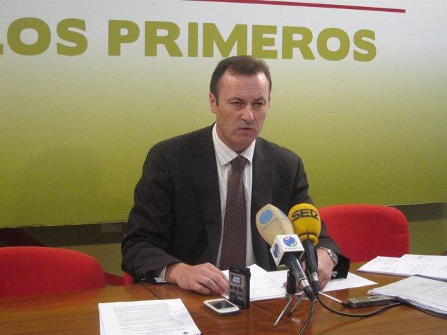 El portavoz del PRC en el Ayuntamiento de Suances, Guillermo Blanco