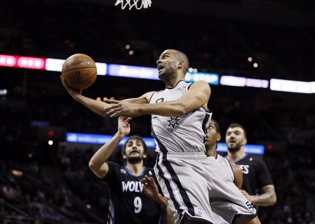 Ricky Rubio y Tony Parker en el Minnesota Timberwolves - San Antonio Spurs