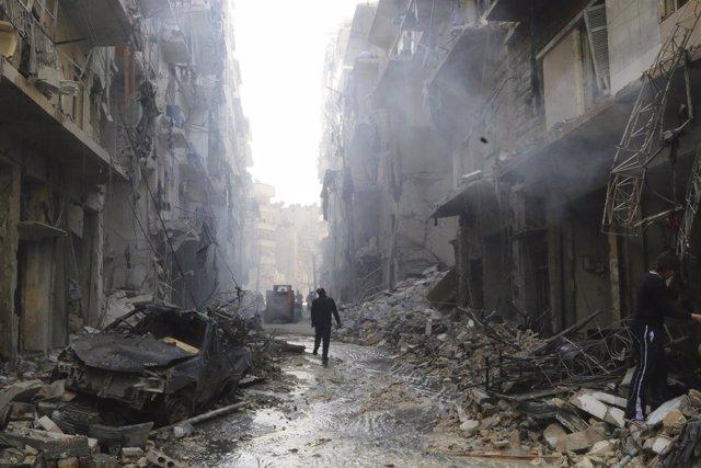 La guerra en Siria deja alrededor de 5.300 muertos en julio y 170.000 desde que empezó el conflicto