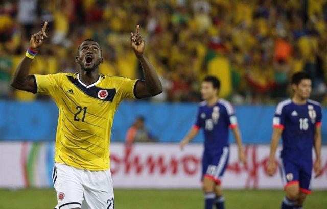 Jackson Martinez celebra su doblete ante Japón