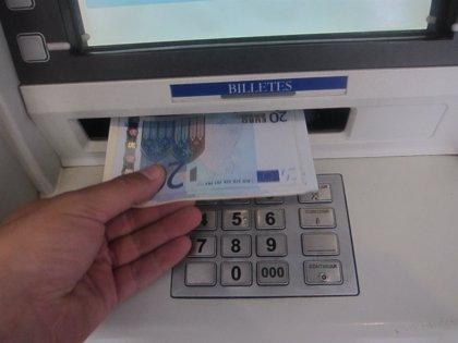 Más de 387.000 ciudadanos sin cajero automático