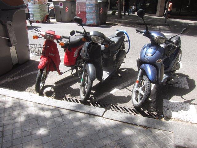 Aparcamiento de motos y motocicletas en Barcelona