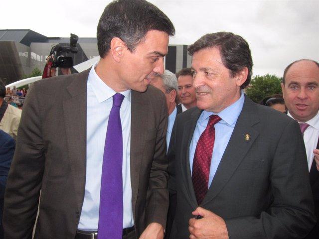 Pedro Sánchez y Javier Fernández en la Feria Internacional de Muestras de Gijón