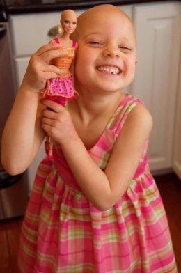 La compañía Mattel aumentará la producción de muñercas calvas