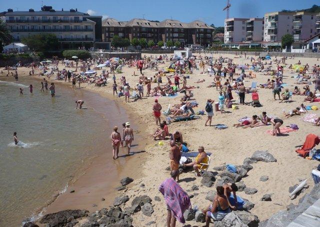 Playa El Sable de Arnuero