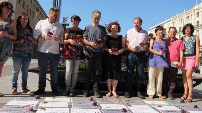 Acto de CHA en contra de la violencia machista, en Zaragoza